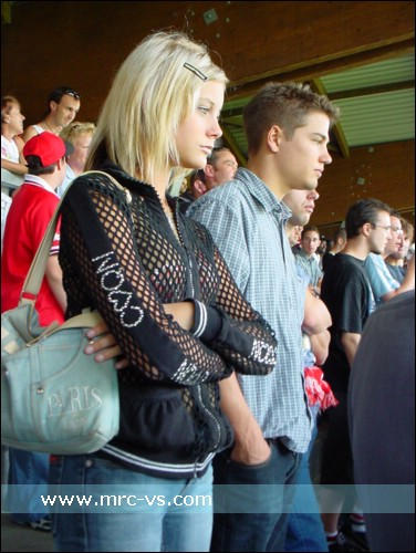 Supportrices... - Page 4 Sion-girl_001
