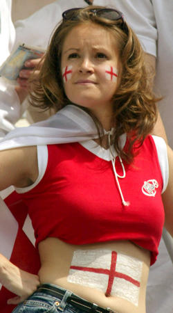 Supportrices... - Page 4 England-girl_001