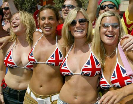 Supportrices... - Page 12 England-girl_009